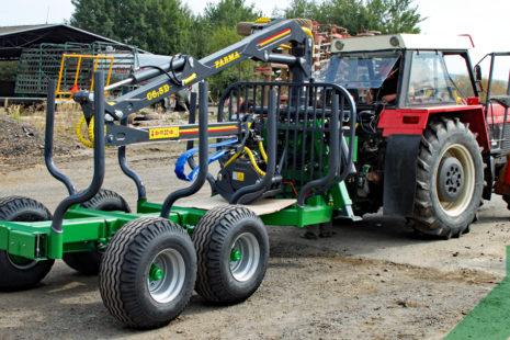 Vyvážečka dřeva Farma CT 6,3 – 9 4WD