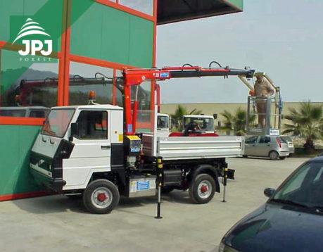 Jeřáby Maxilift typu 230 zvedací síla nad 1 tunu
