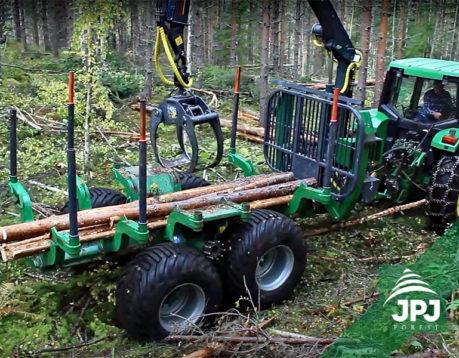 Vyvážečka FARMA CT 8,5 – 14 4WD G2