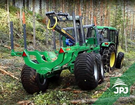 Vyvážečka FARMA CT 7,0 – 14 4WD G2