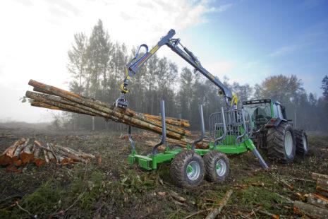 Dotace na lesní techniku a lesní práce lze obdržet také z tzv. MASKY